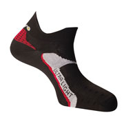 Socquettes running Ultra light noires rouges